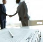 ¿Cómo puedo contratar a un trabajador si soy autónomo?
