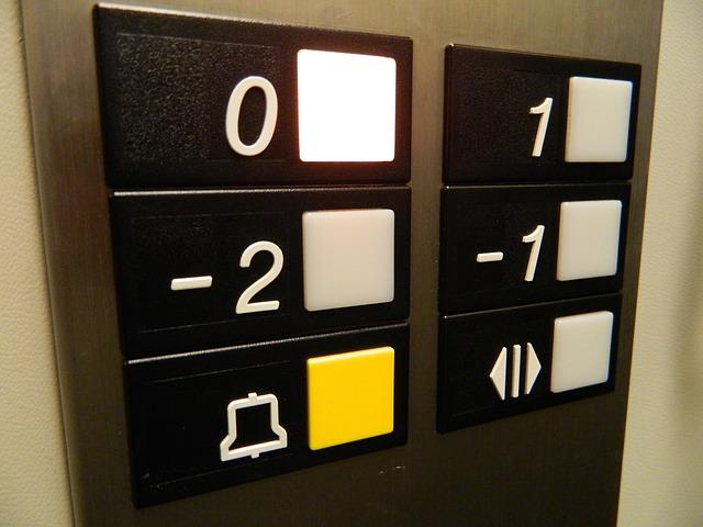 arrendatario ascensor